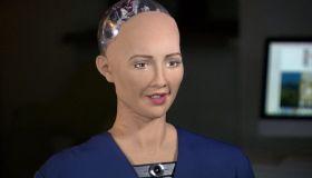 Робот, как человек. София