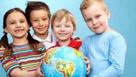 Дети-билингвы. Как с ранних лет обучать ребёнка иностранному языку?