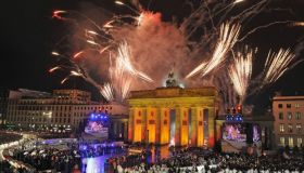 Феерическая новогодняя ночь в столицах Европы