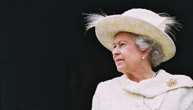 Высокий стиль: как одеваются европейские королевы